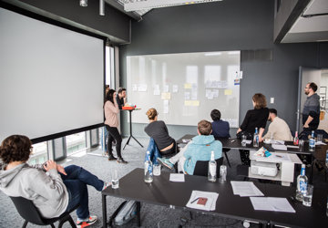 A picture of an interdsiciplinary workshop at the Design Office Munich.